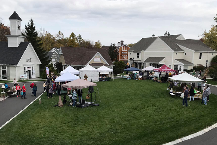 Vendor Set-up on The Green